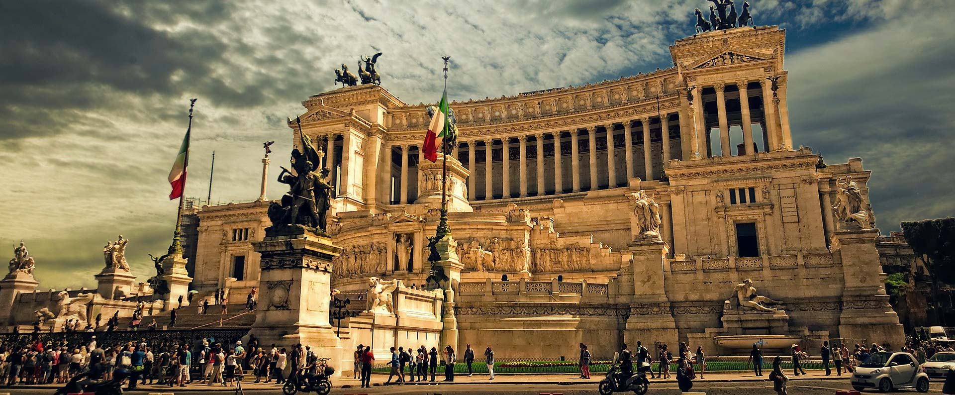 Discounted flight tickets from Chicago to Rome - IFlyFirstClass