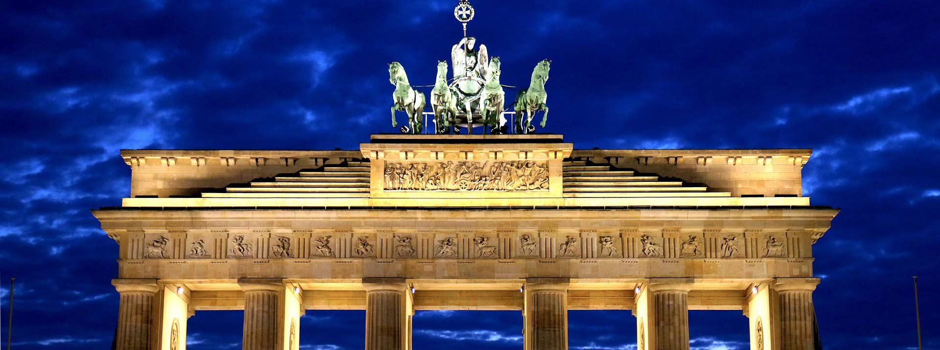 Discounted flight tickets from New York to Berlin - IFlyFirstClass