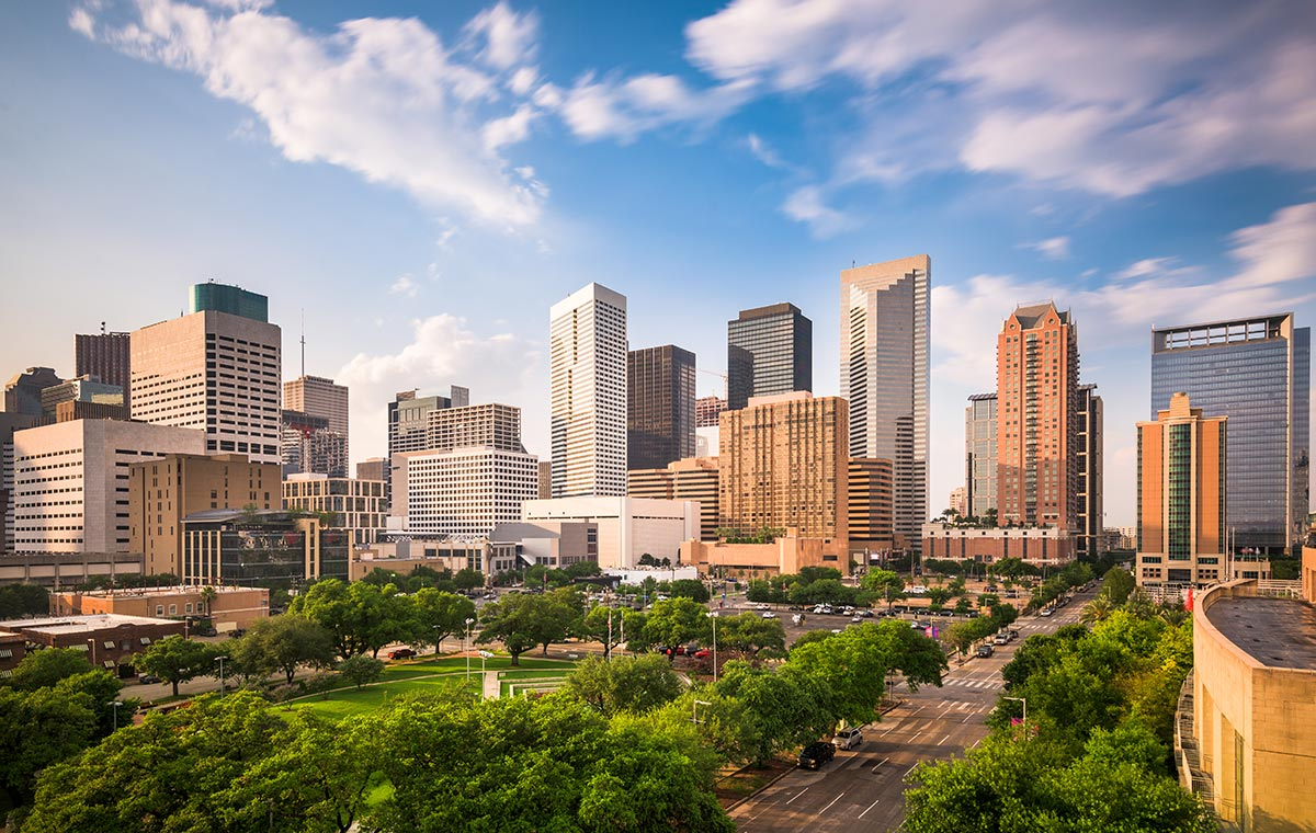Revel in Gulf Coast vacations with deals on business class seats to Houston. - IFlyFirstClass