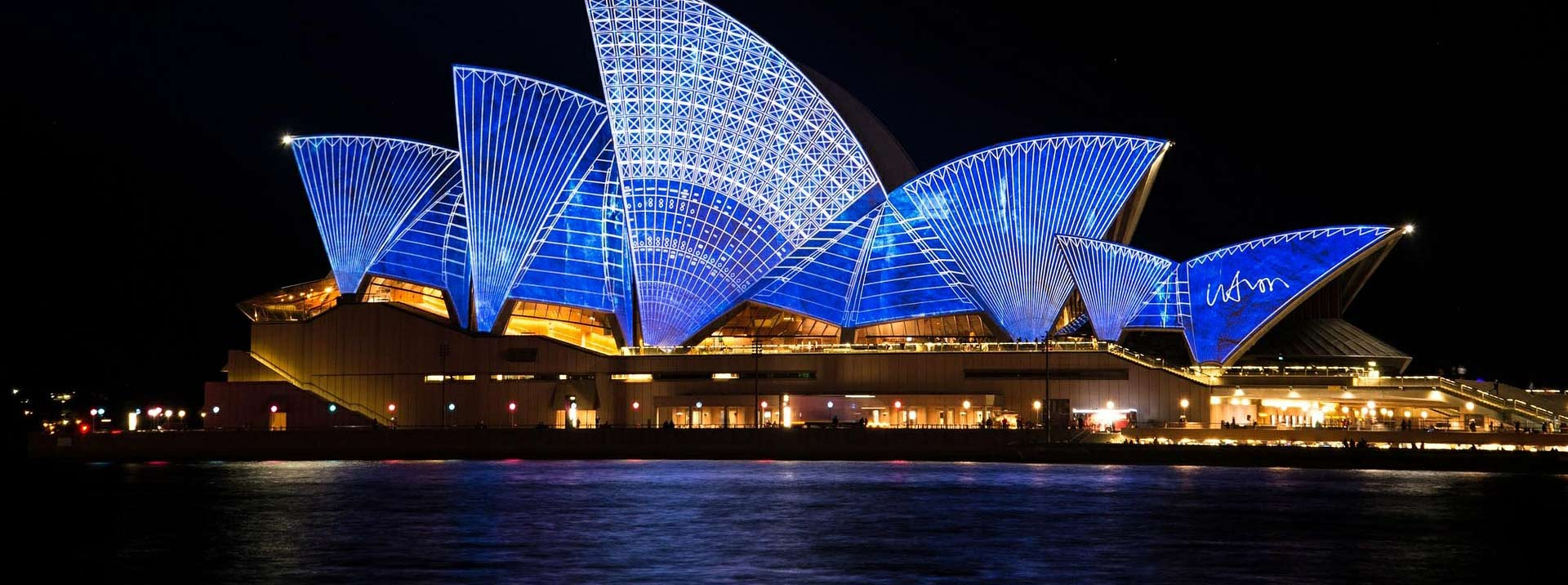 Discounted flight tickets from New York to Sydney - IFlyFirstClass