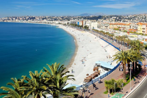 The famed Promenade des Anglais is the perfect reason to book Nice last minute deals. - IFlyFirstClass